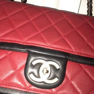Authentic CHANEL crossbody♦️♦️♦️